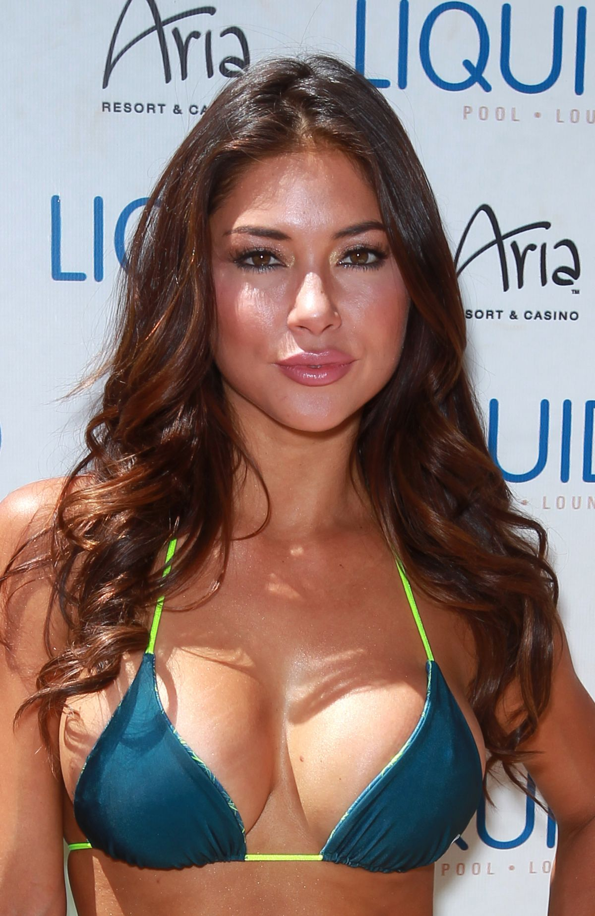 Young Arianny Celeste nude photos 2019