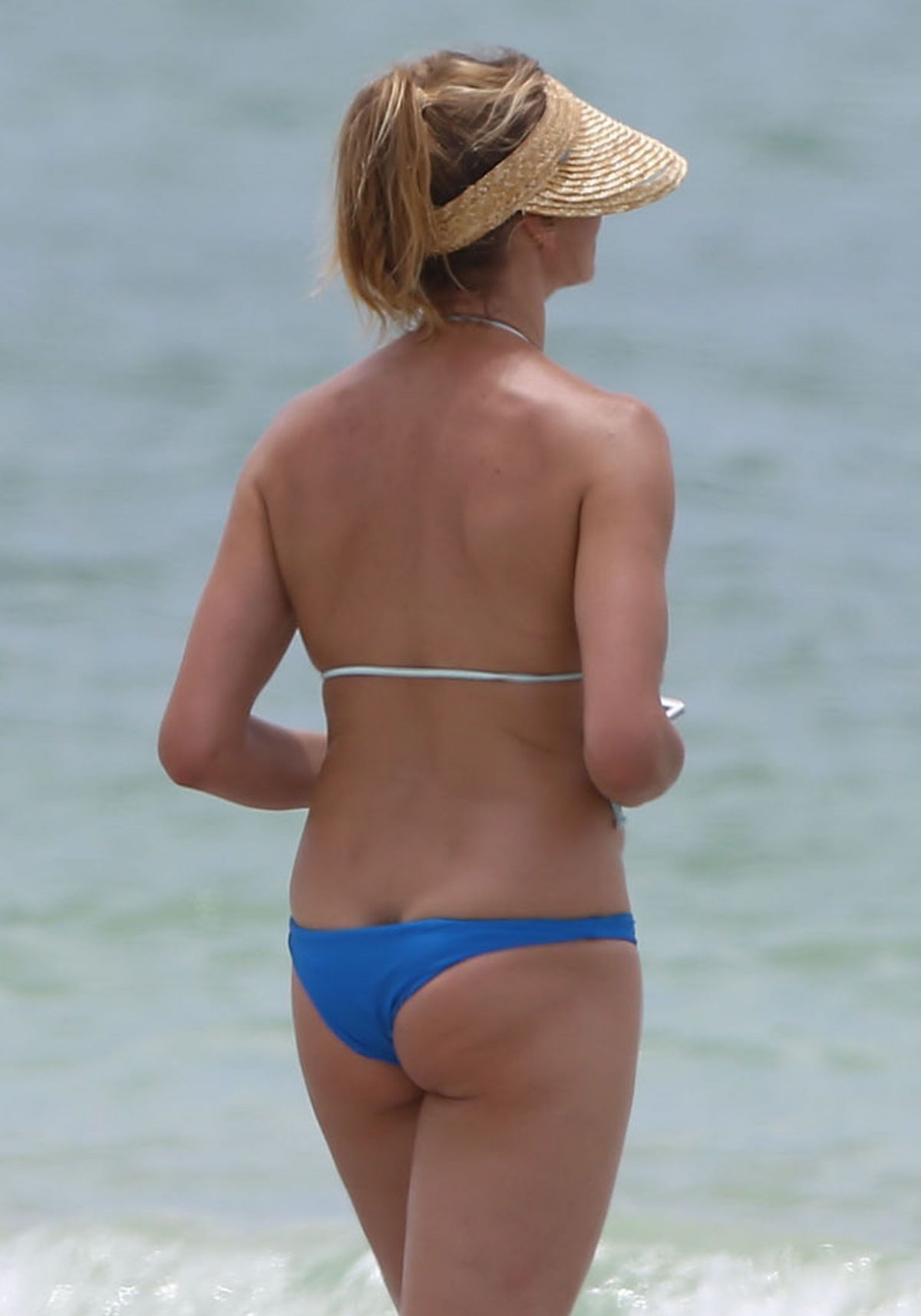 Cameron Diaz Wearing A Bikini In Florida - Celebzz