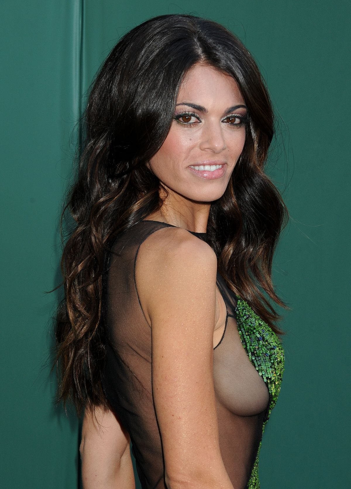 lindsay hartley daughter