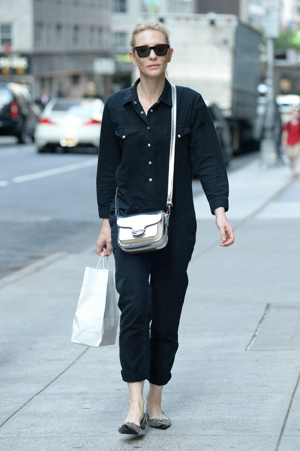 Cate Blanchett Out And About In Midtown In New York City