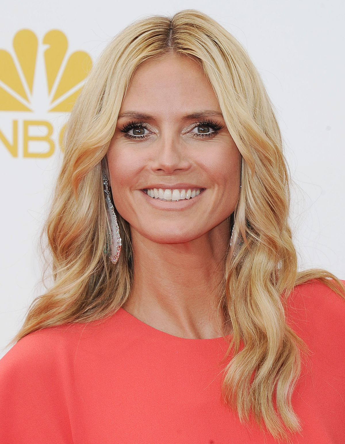 heidi klum at 66th annual primetime emmy awards celebzz. Black Bedroom Furniture Sets. Home Design Ideas