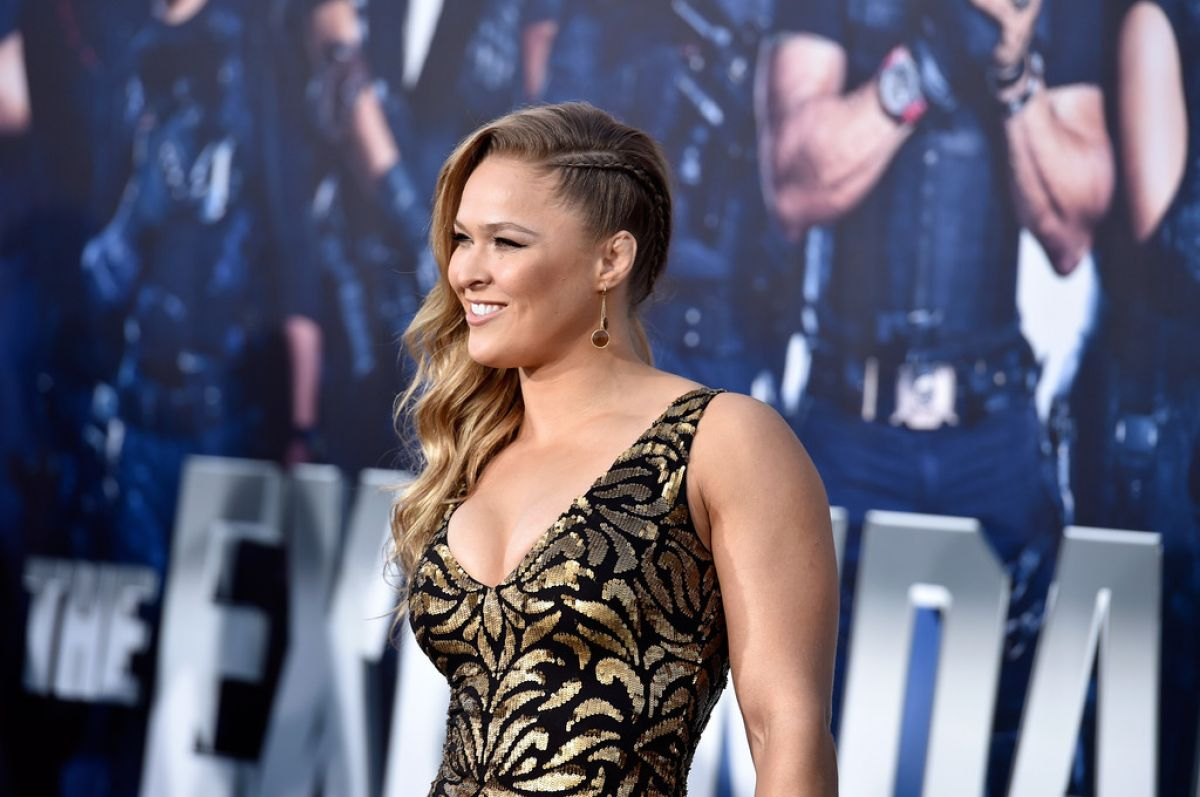 """ronda rousey at """"the expendables 3"""" premiere in hollywood - celebzz"""