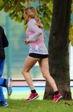 Ellie Goulding Working Out In A London