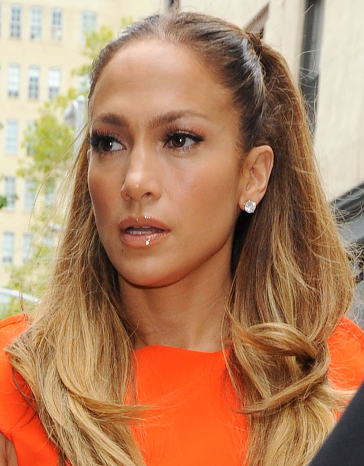 Jennifer Lopez Leaving Her Home In New York - jennifer-lopez-leaving-her-home-in-new-york_1