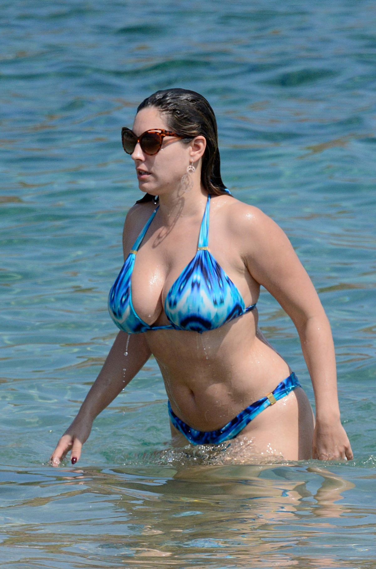 Kelly brook bikini pics, grab your tits