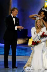 Kira Kazantsev Being Crowned At The Miss America Pageant
