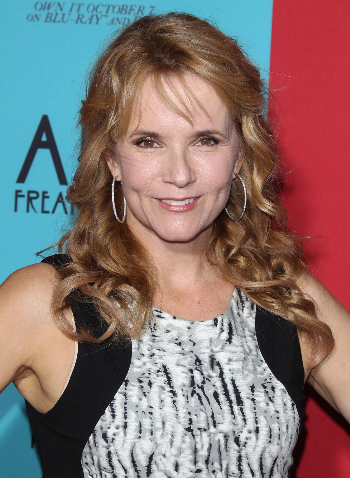 Lea Thompson At Premiere Of Fx S Quot American Horror Story