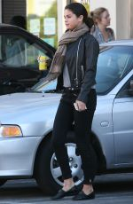 Selena Gomez Out For Lunch In Studio City