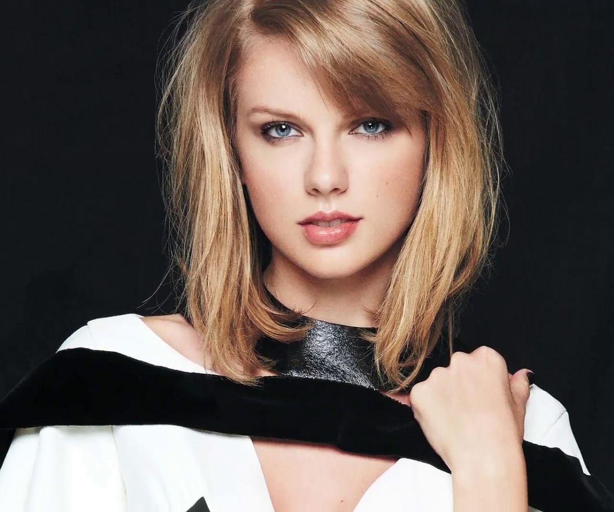 Taylor Swift In Instyle Magazine November 2014