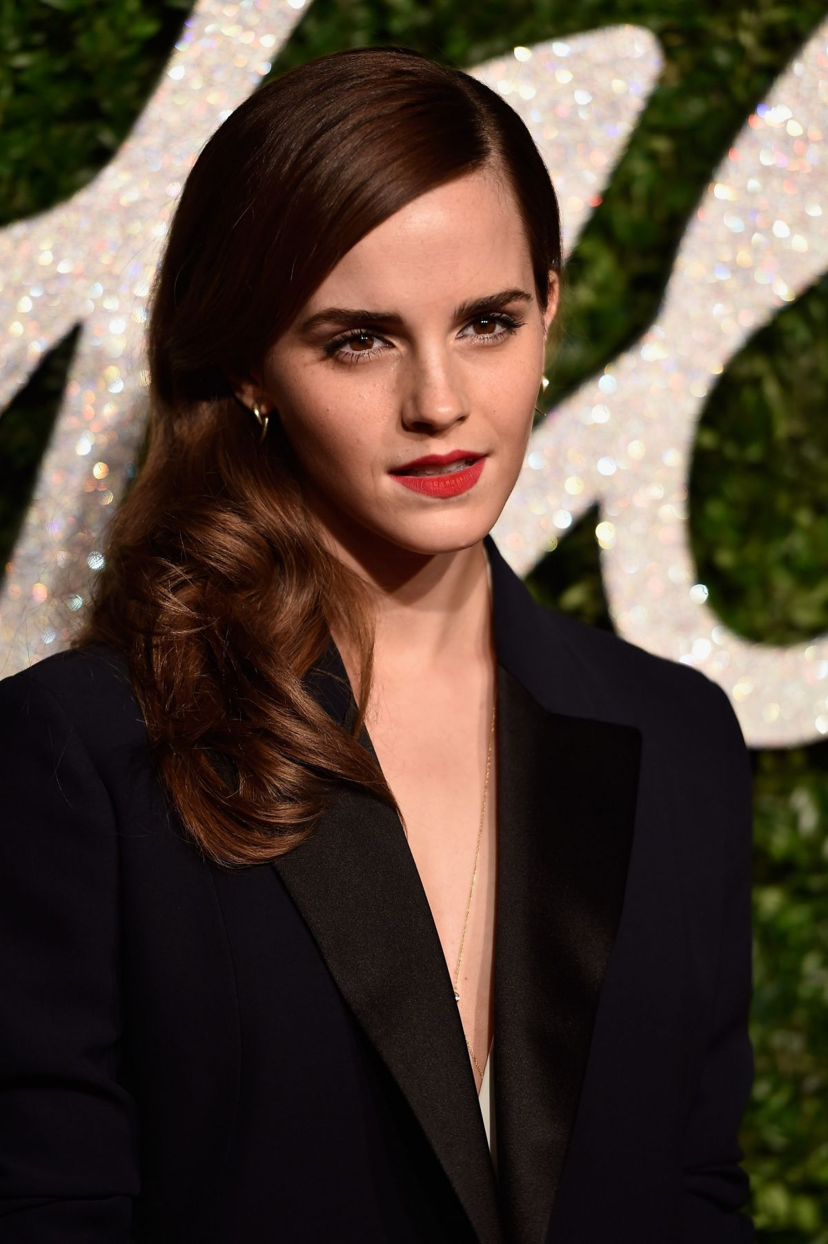 emma watson at british fashion awards celebzz