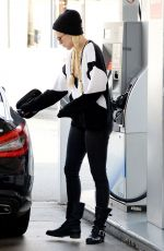 Rumer Willis At A Gas Station In West Hollywood