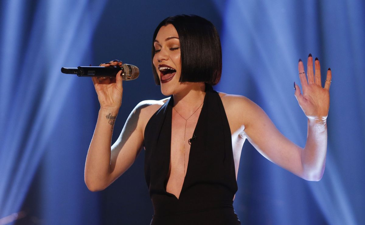 Jessie J Hairstyle: Jessie J Performing On The Graham Norton Show