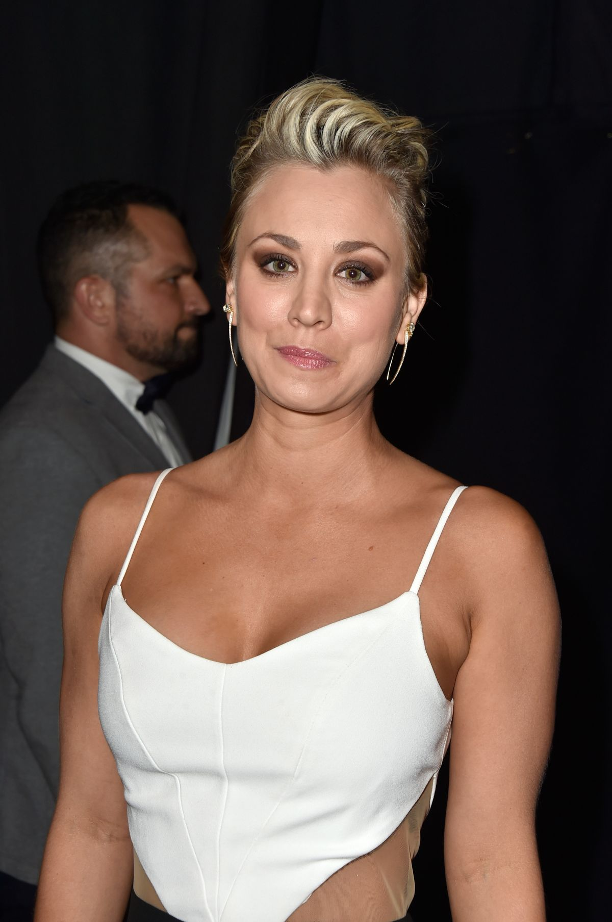 Kaley Cuoco At The 41st Annual People