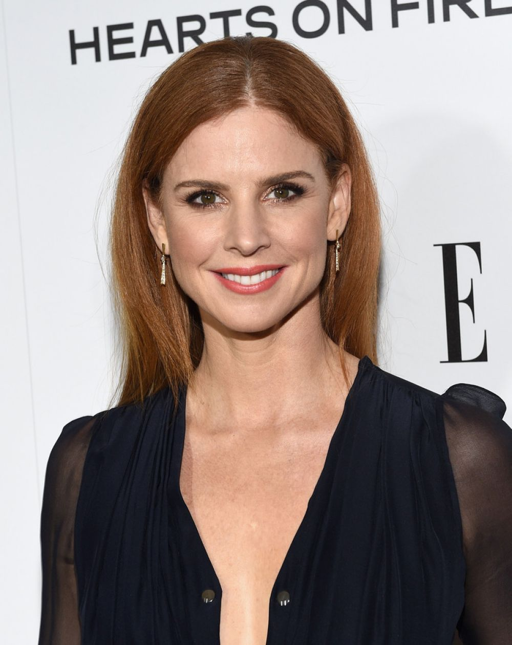 Sarah Rafferty earned a unknown million dollar salary, leaving the net worth at 5 million in 2017