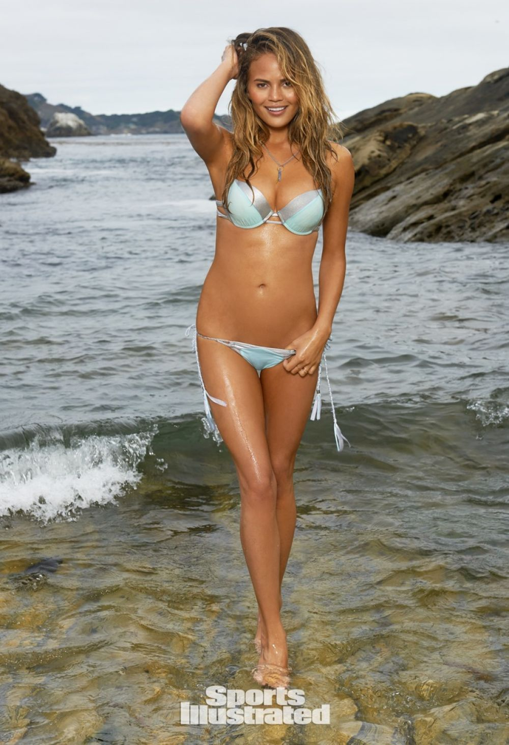 Chrissy Teigen Sports Illustrated Swimsuit - Celebzz - Celebzz