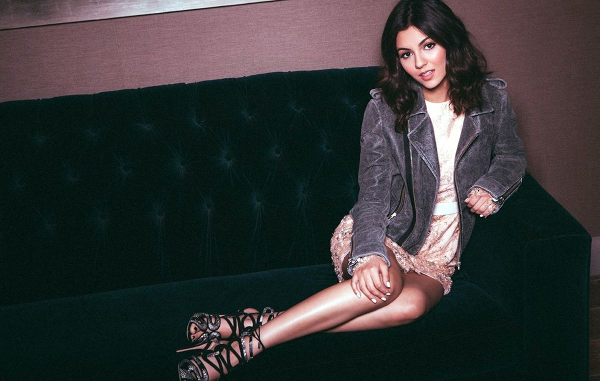 Victoria Justice At 2015 Stylecaster Photoshoot