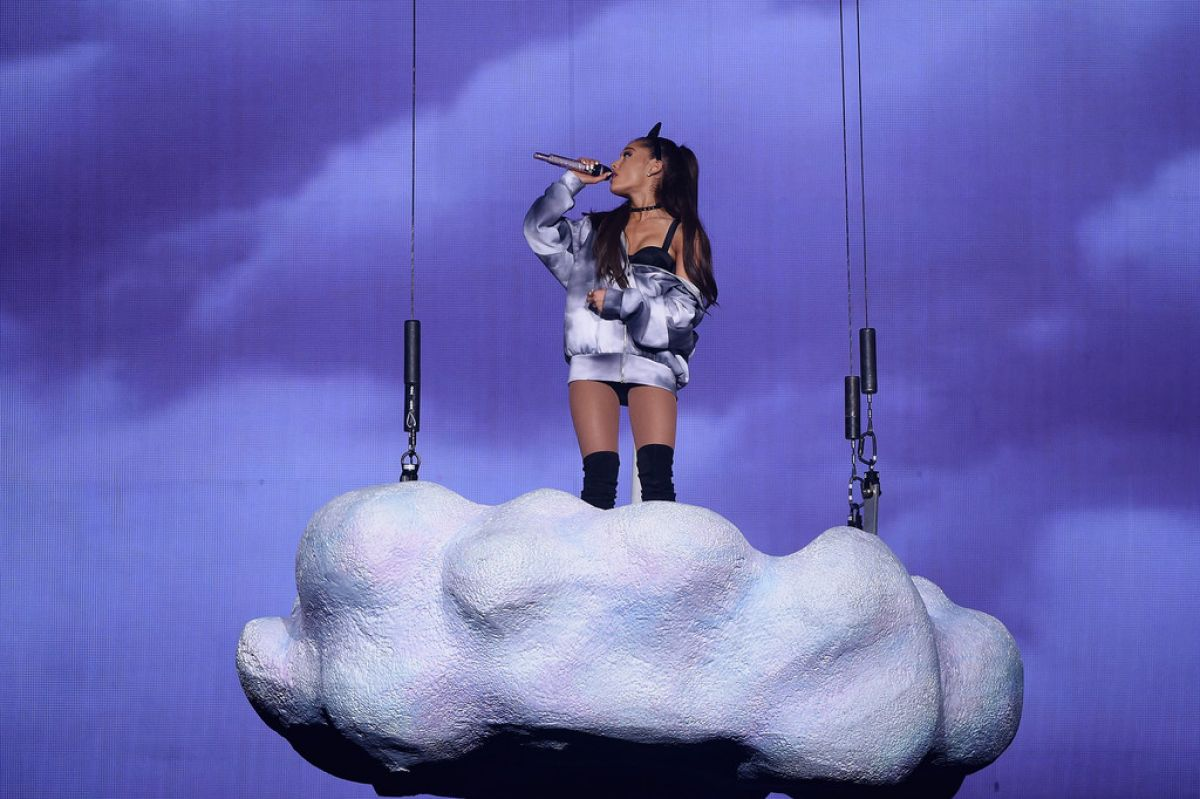 Ariana Grande Performing At Madison Square Garden Celebzz