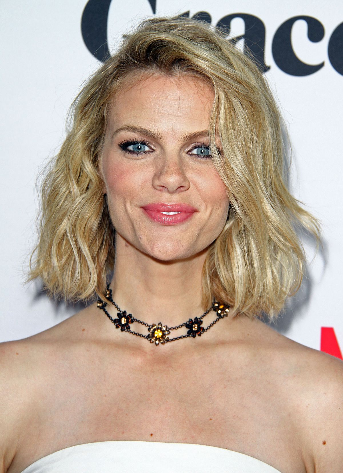Brooklyn Decker At 'Grace and Frankie' Premiere - Celebzz - Celebzz