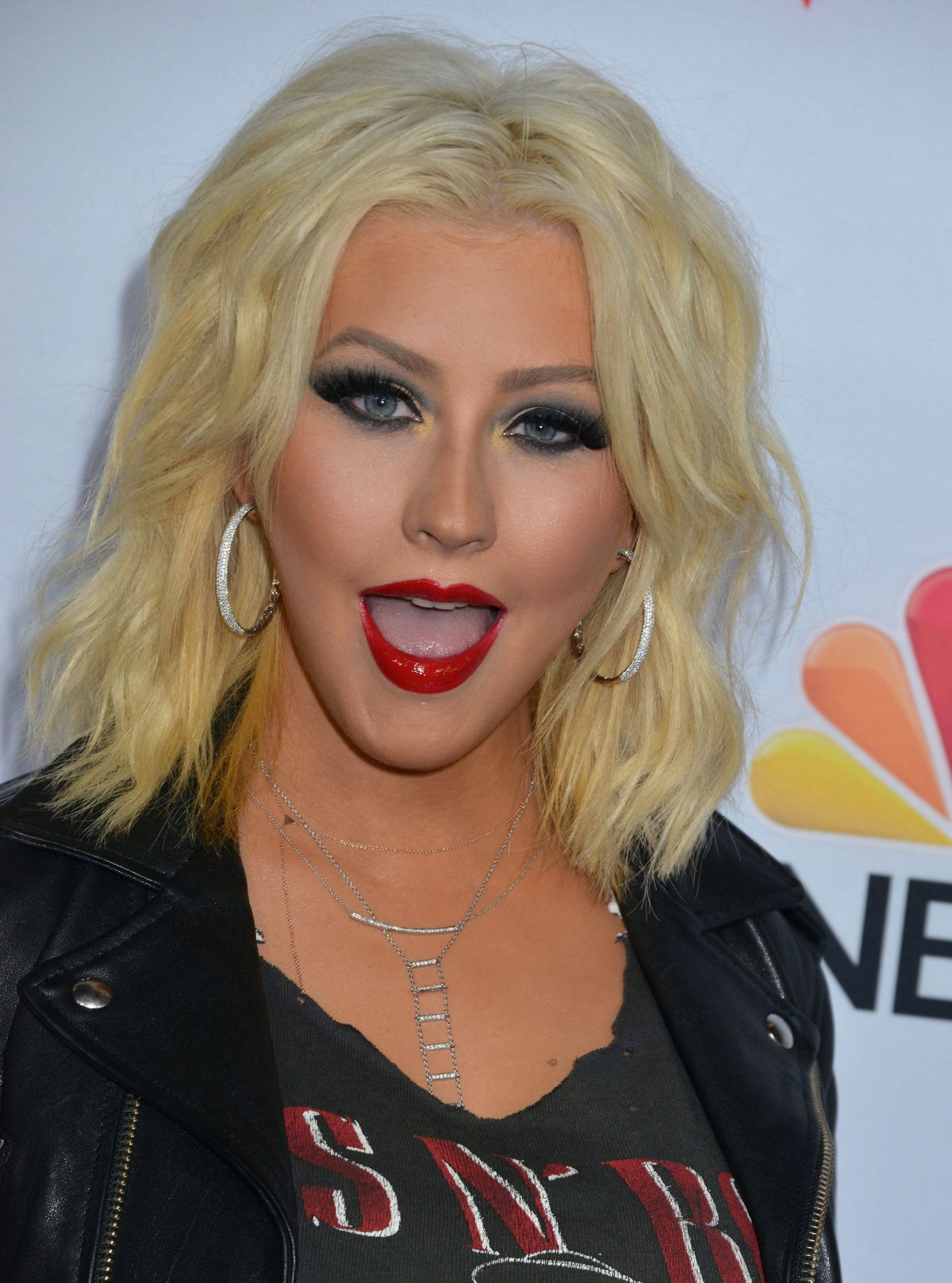 Christina Aguilera At Nbc S The Voice Season 8 Red Carpet