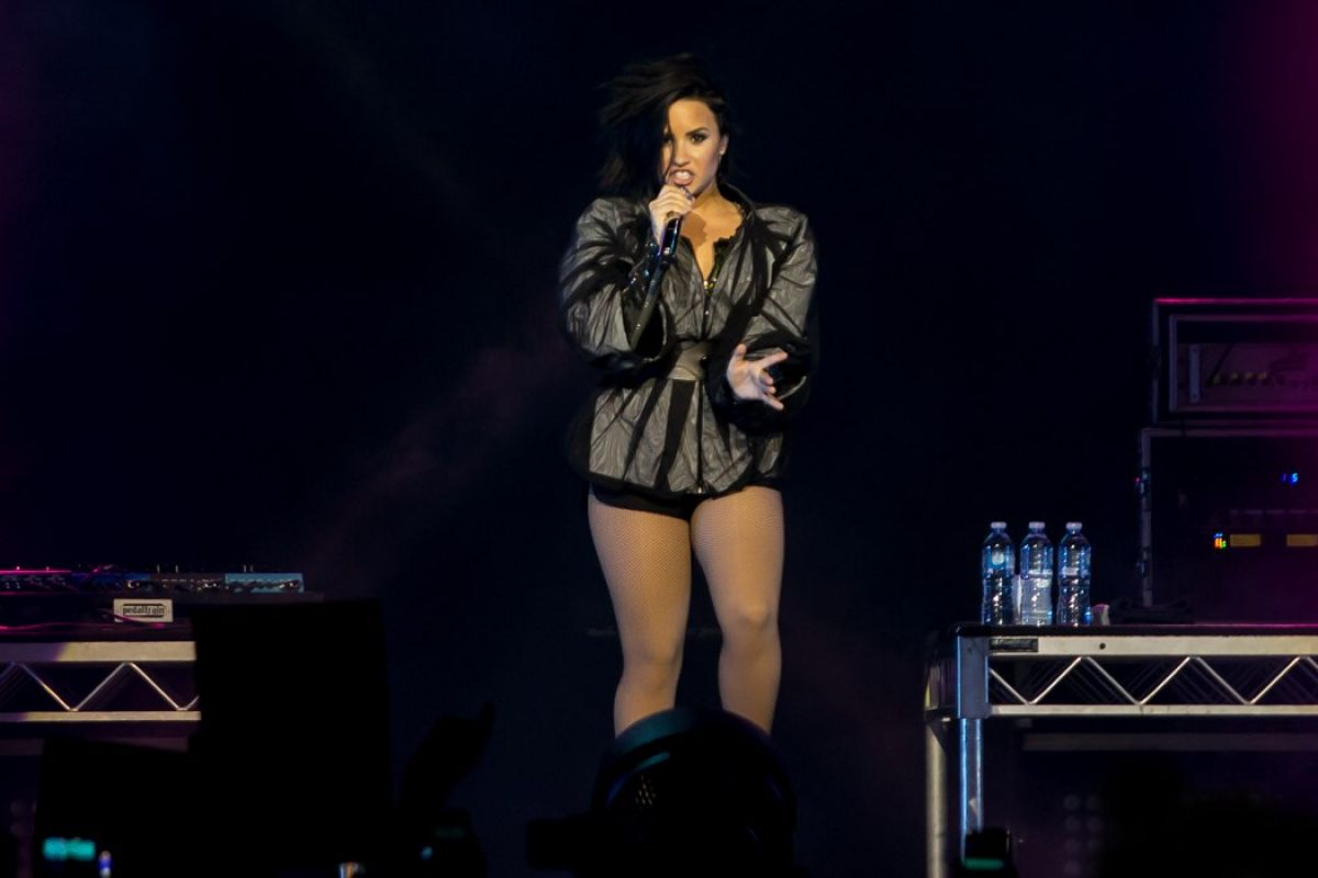 Demi Lovato Performing At Margaret Court Arena Celebzz Celebzz