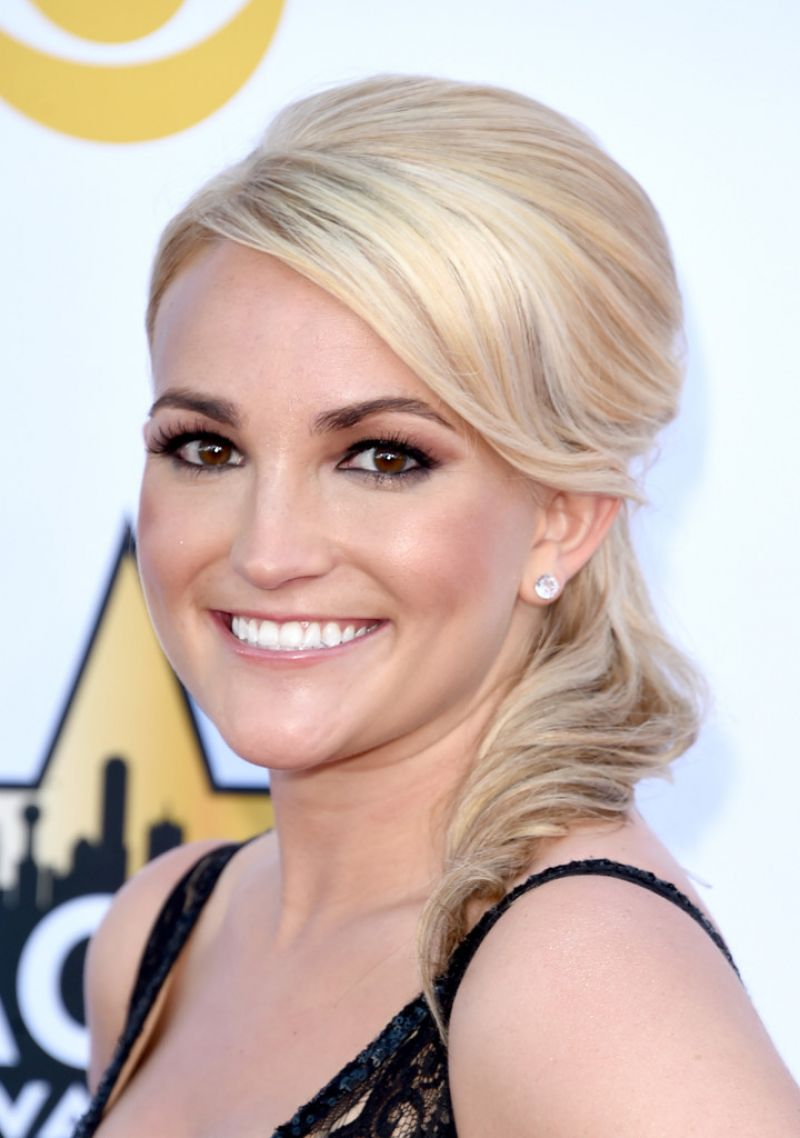 Jamie Lynn Spears At 50th Academy Of Country Music Awards
