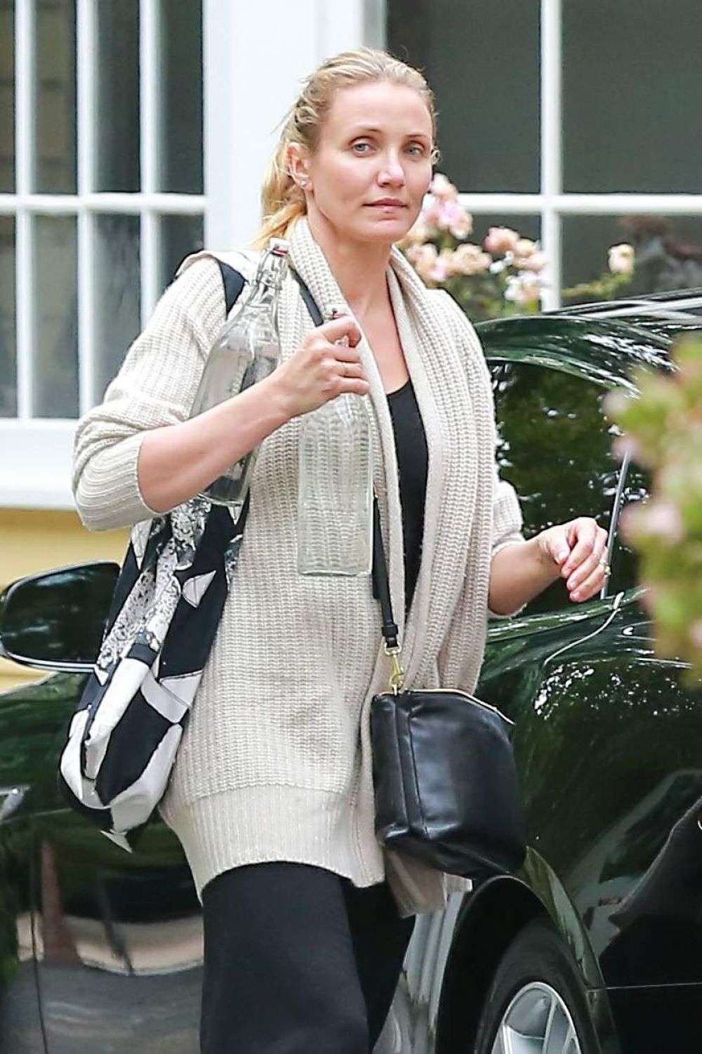 Cameron Diaz And Husband Out In Brentwood - CelebzzCameron Diaz Husband