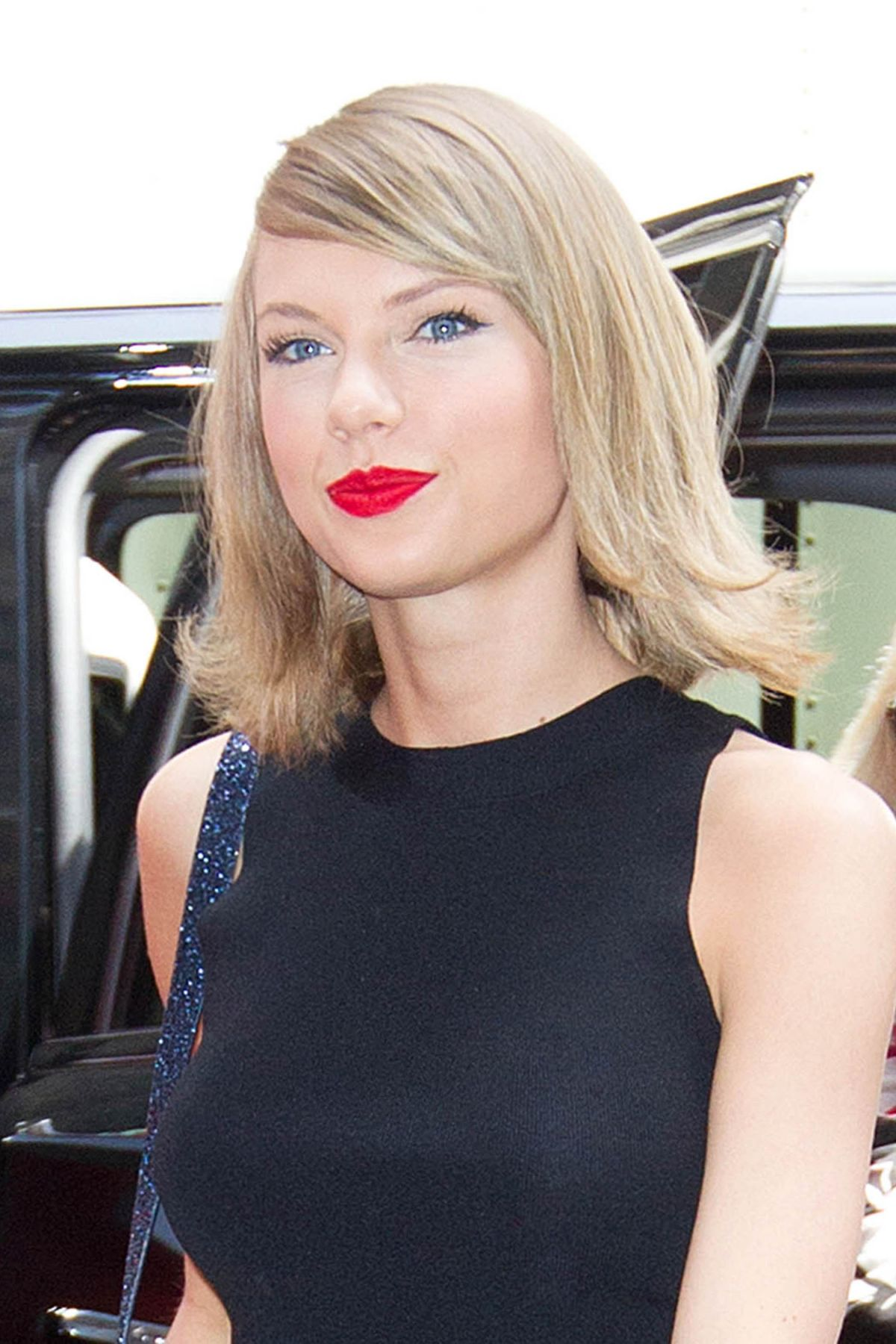 Taylor Swift Out In New York City - Celebzz Taylor Swift