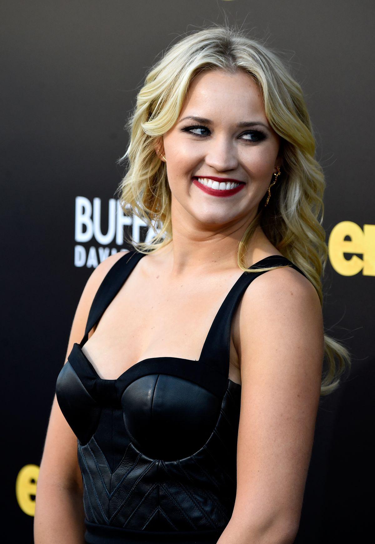Emily Osment At Entourage Premiere Celebzz Celebzz