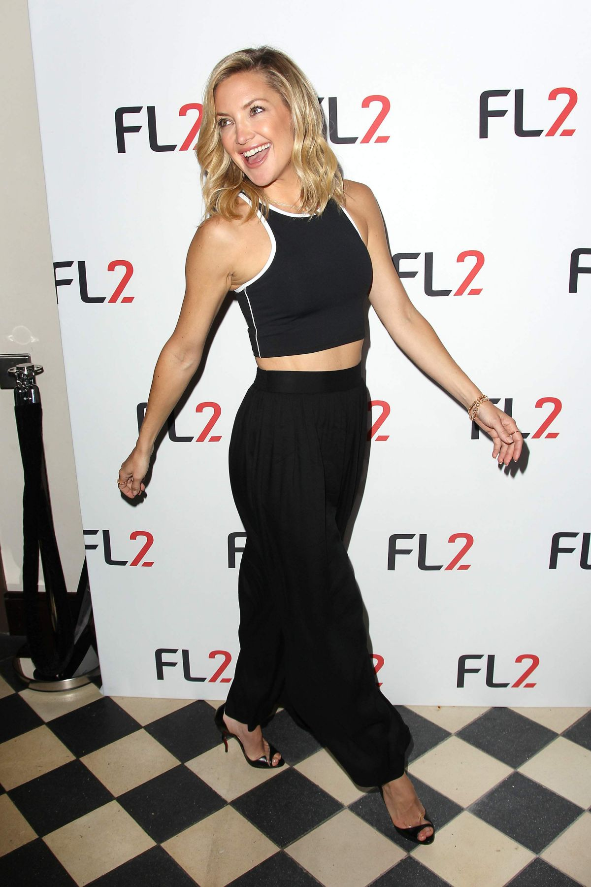 Kate Hudson At FL2 Mens Active Wear Collection Launch ... Kate Hudson Activewear