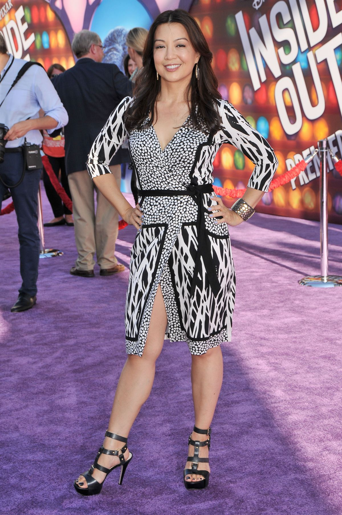 [Image: ming-na-wen-at-inside-out-premiere_8.jpg]
