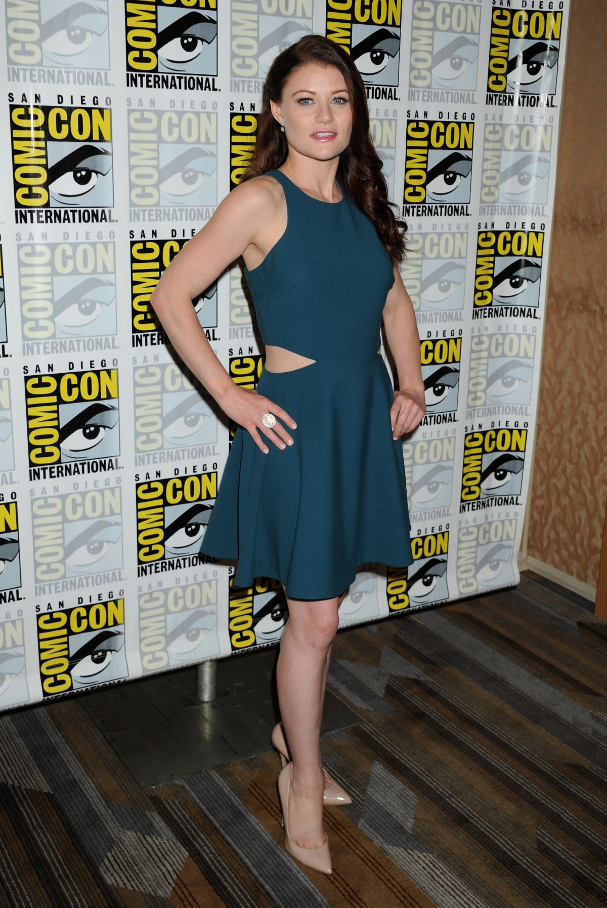 Emilie de Ravin At Once Upon A Time Press Line At Comic-Con