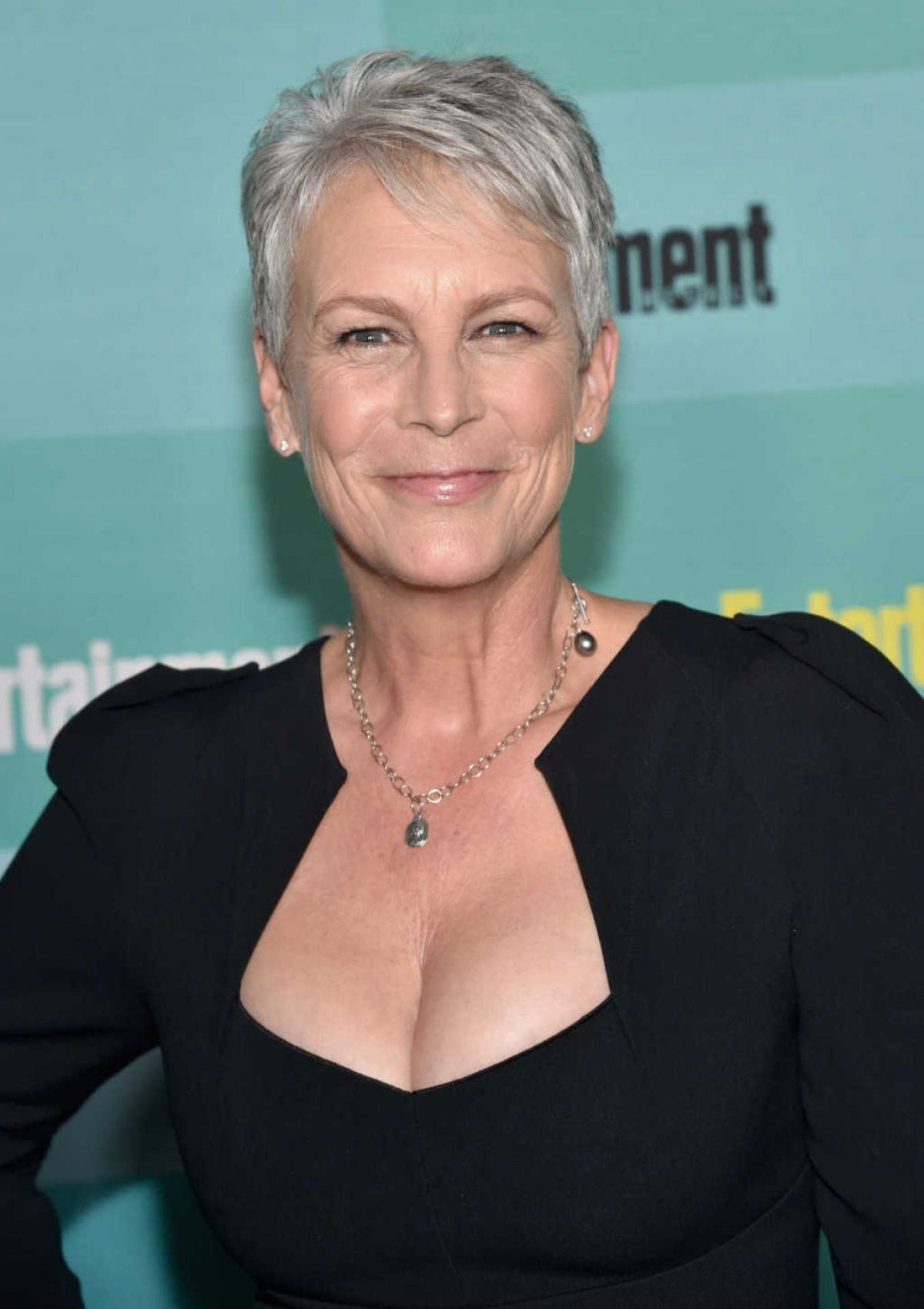 Jamie Lee Curtis At ET Weekly Annual Party - Celebzz - Celebzz