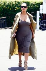 Kim Kardashian Shows Off Her Growing Belly At Fred Segal