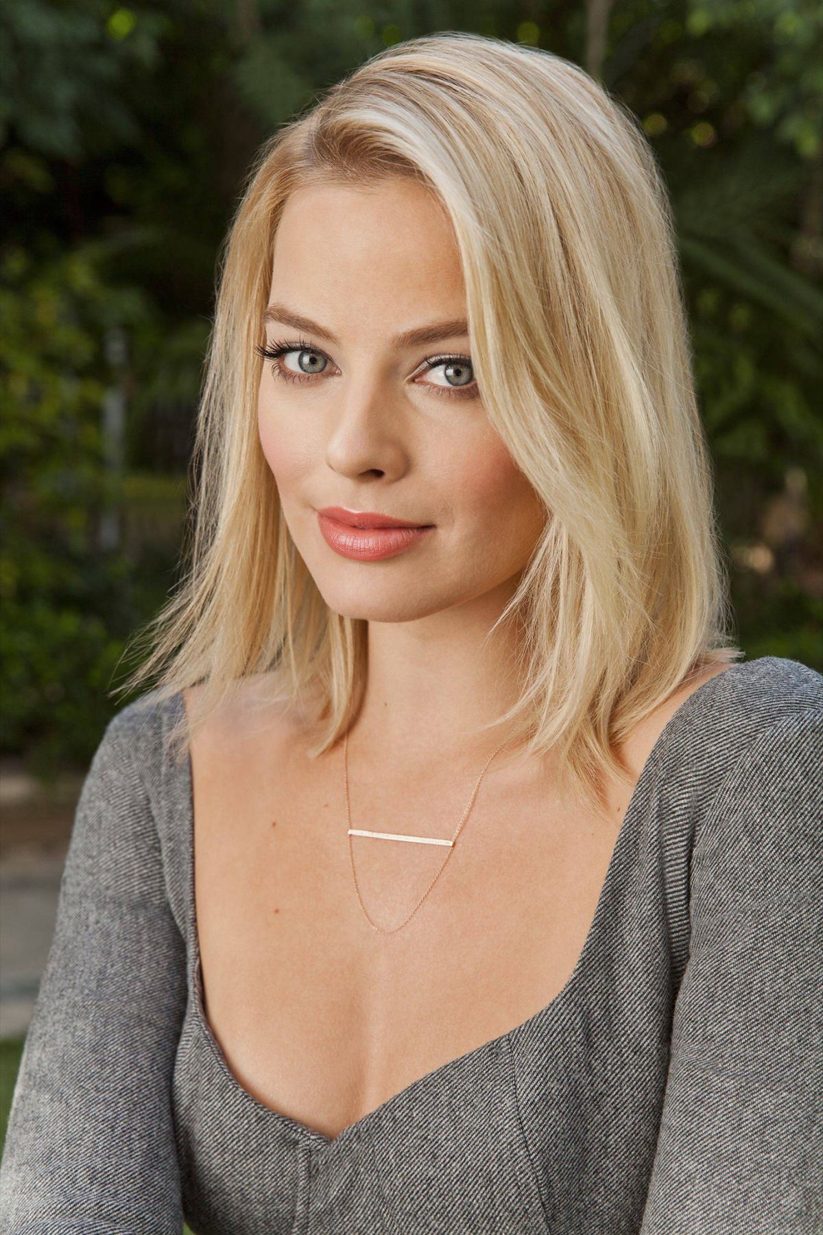margot robbie husband