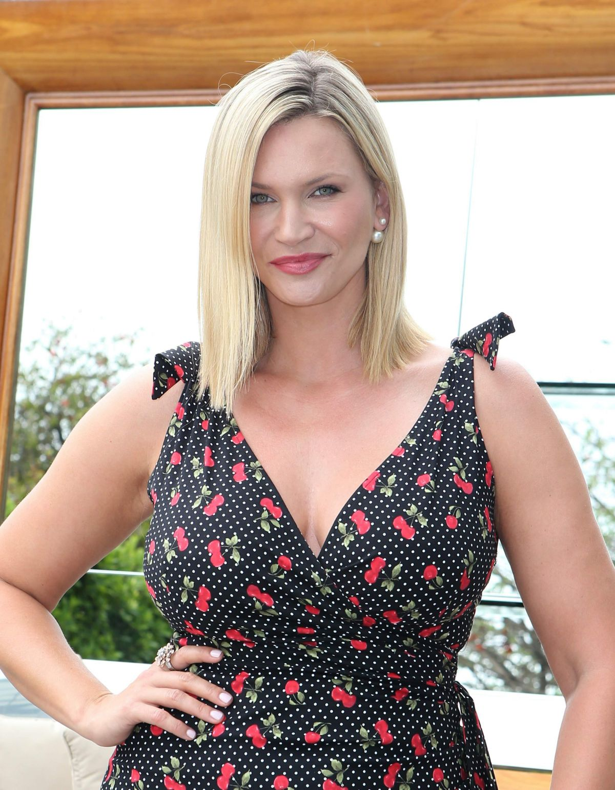 Natasha Henstridge At 2015 Golden Maple Awards - Celebzz ...