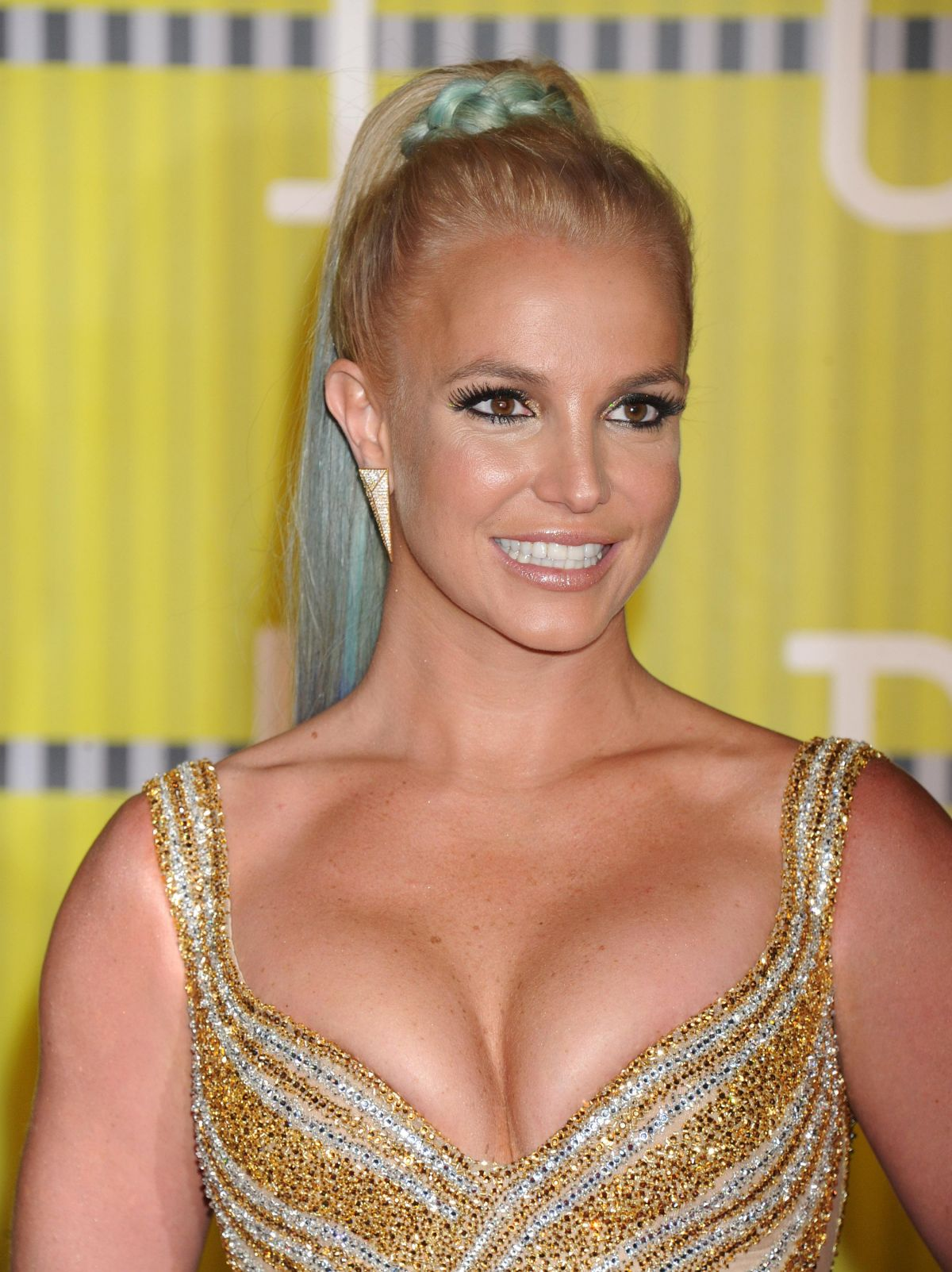 britney-spears-at-2015-mtv-video-music-a
