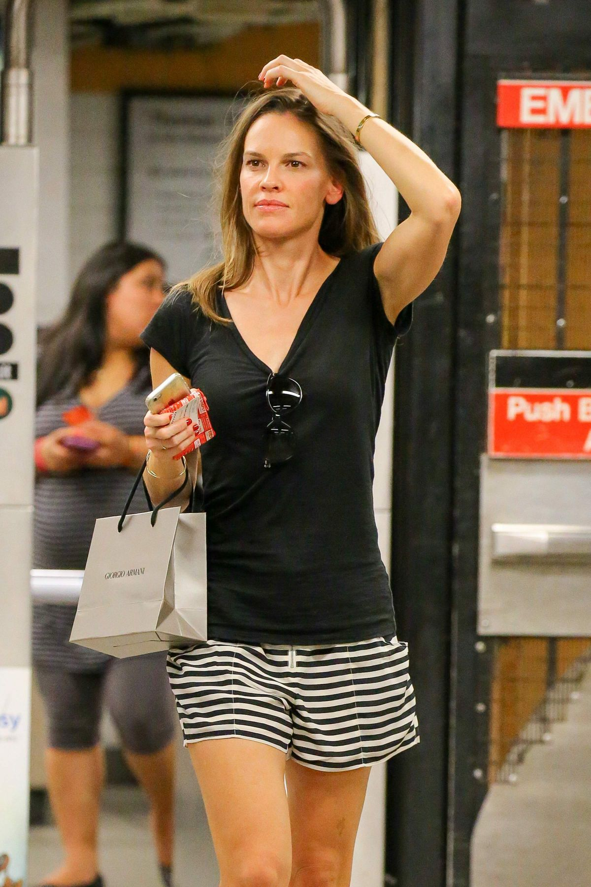Hilary Swank Catch An Uptown E Train After Shopping At Giorgio Armani