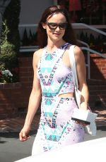 Juliette Lewis Stops By Fred Segal