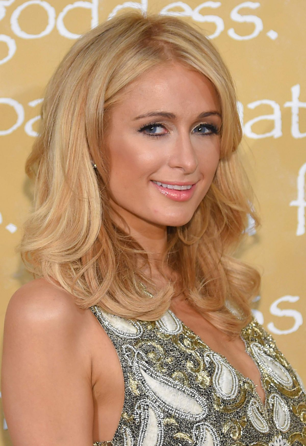 Paris Hilton Attends Alice + Olivia By Stacey Bendet Spring 2016 The ... Paris Hilton