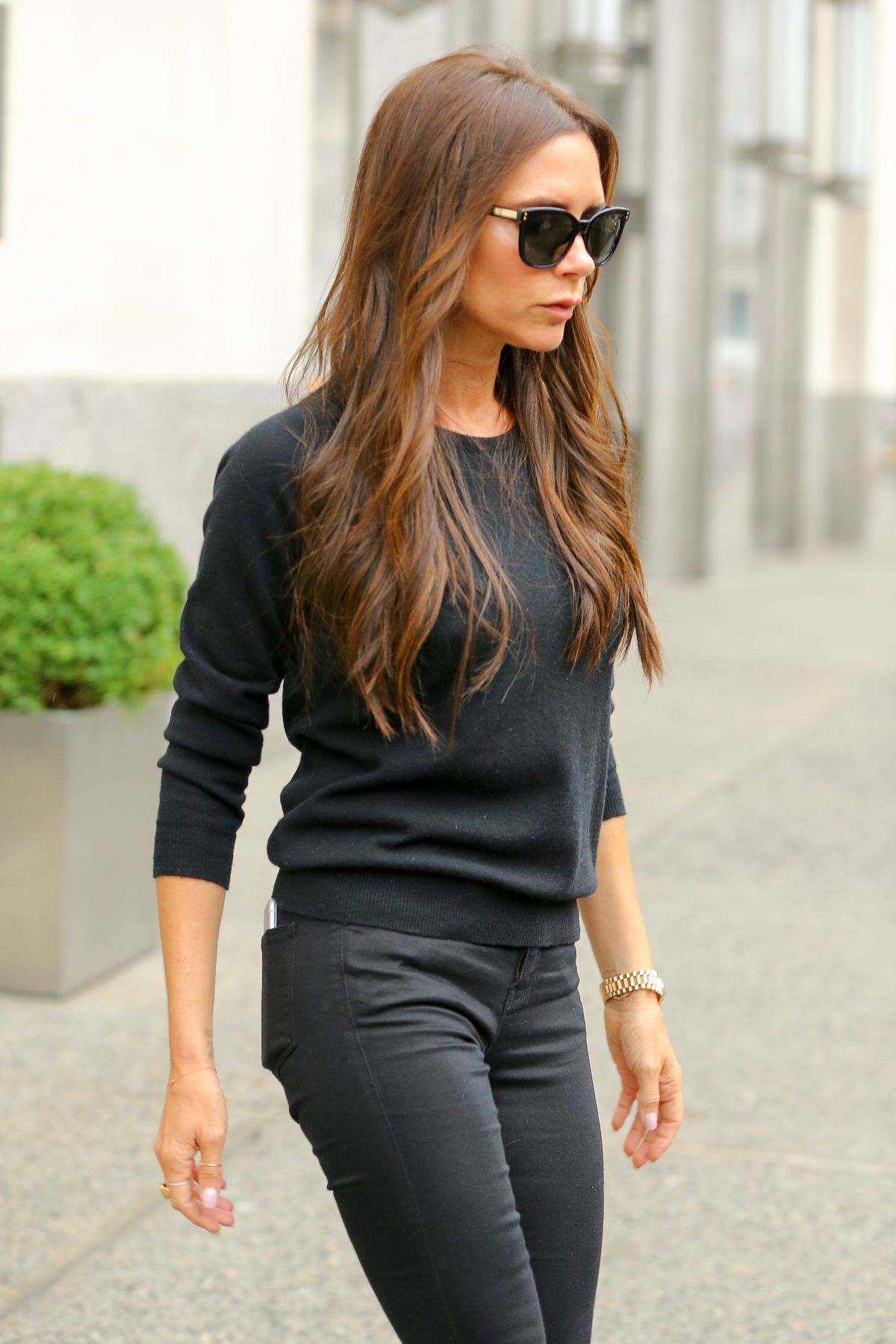 Victoria Beckham Out And About In Midtown - Celebzz Victoria Beckham