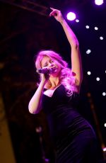 Renee Olstead At Sinatra 100 Concert At the Grove