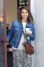 Jessica Alba Out For A Morning Cup Of Coffee