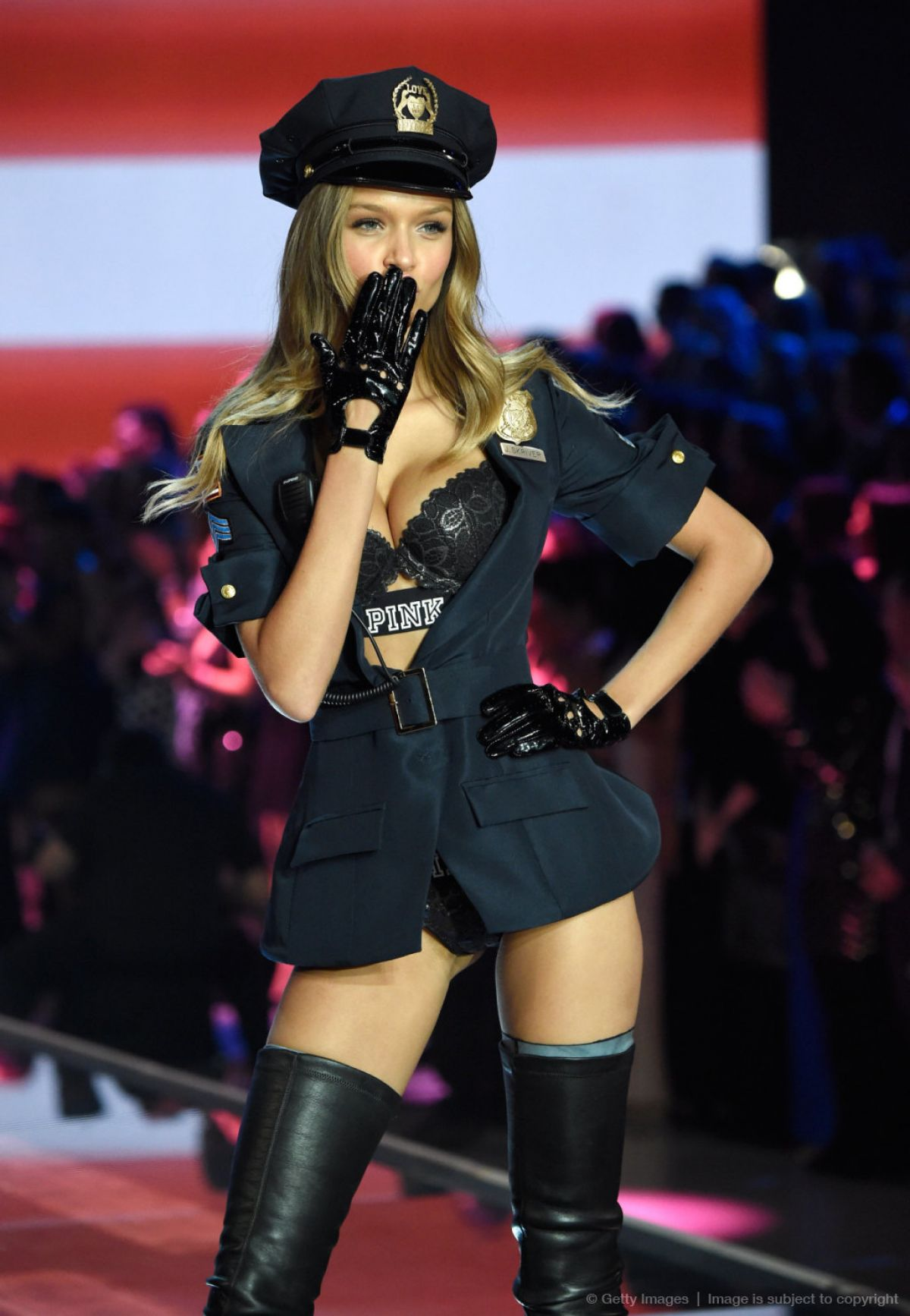 2015 S Most Popular Halloween Costumes By State Map: Josephine Skriver At 2015 Victoria's Secret Fashion Show