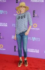 Julie Bowen At P.S. ARTS Presents Express Yourself 2015