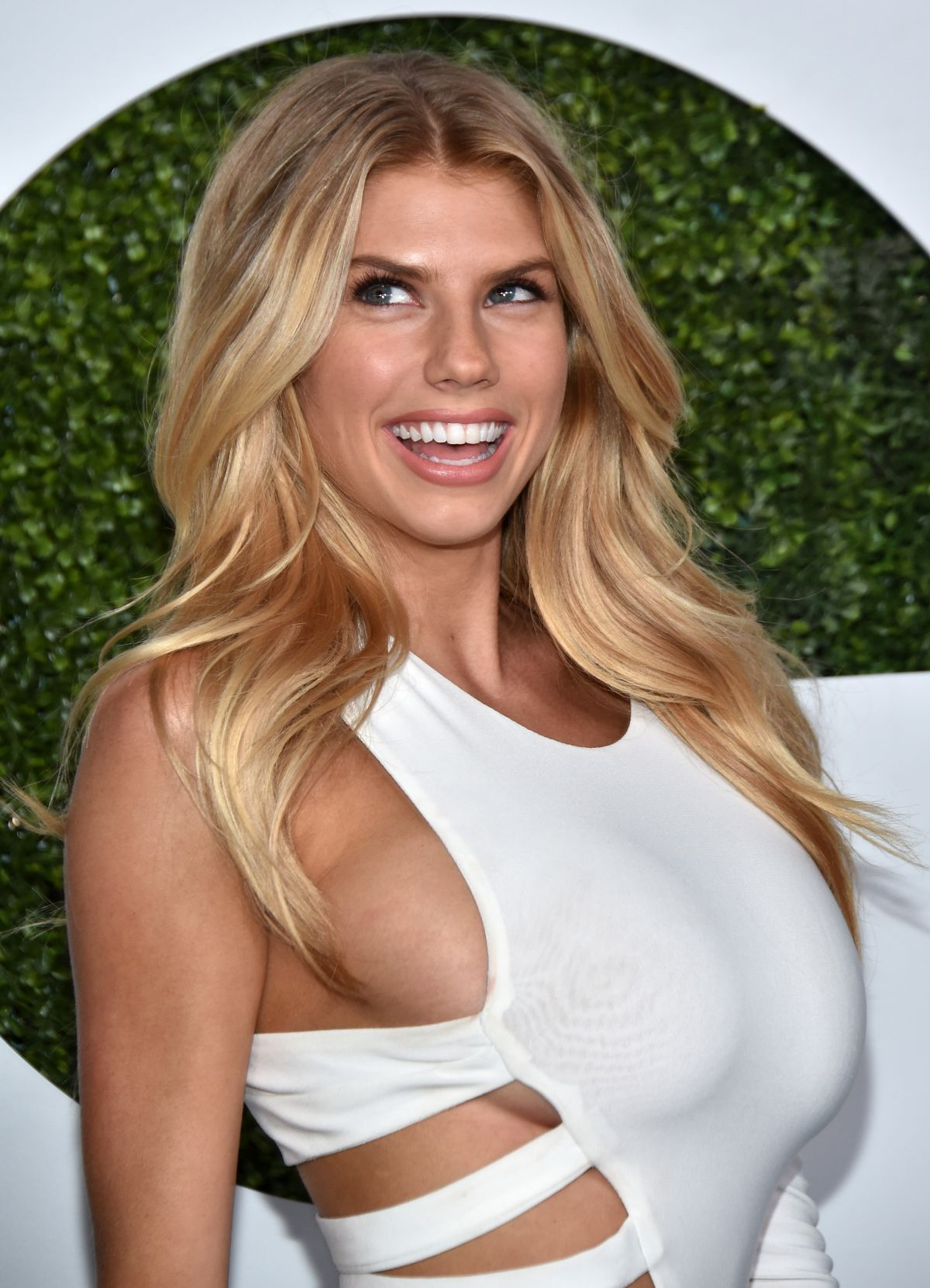 Charlotte Mckinney At Gq Men Of The Year Party Celebzz
