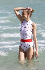 Jaime King Wearing A Swimsuit At Miami Beach