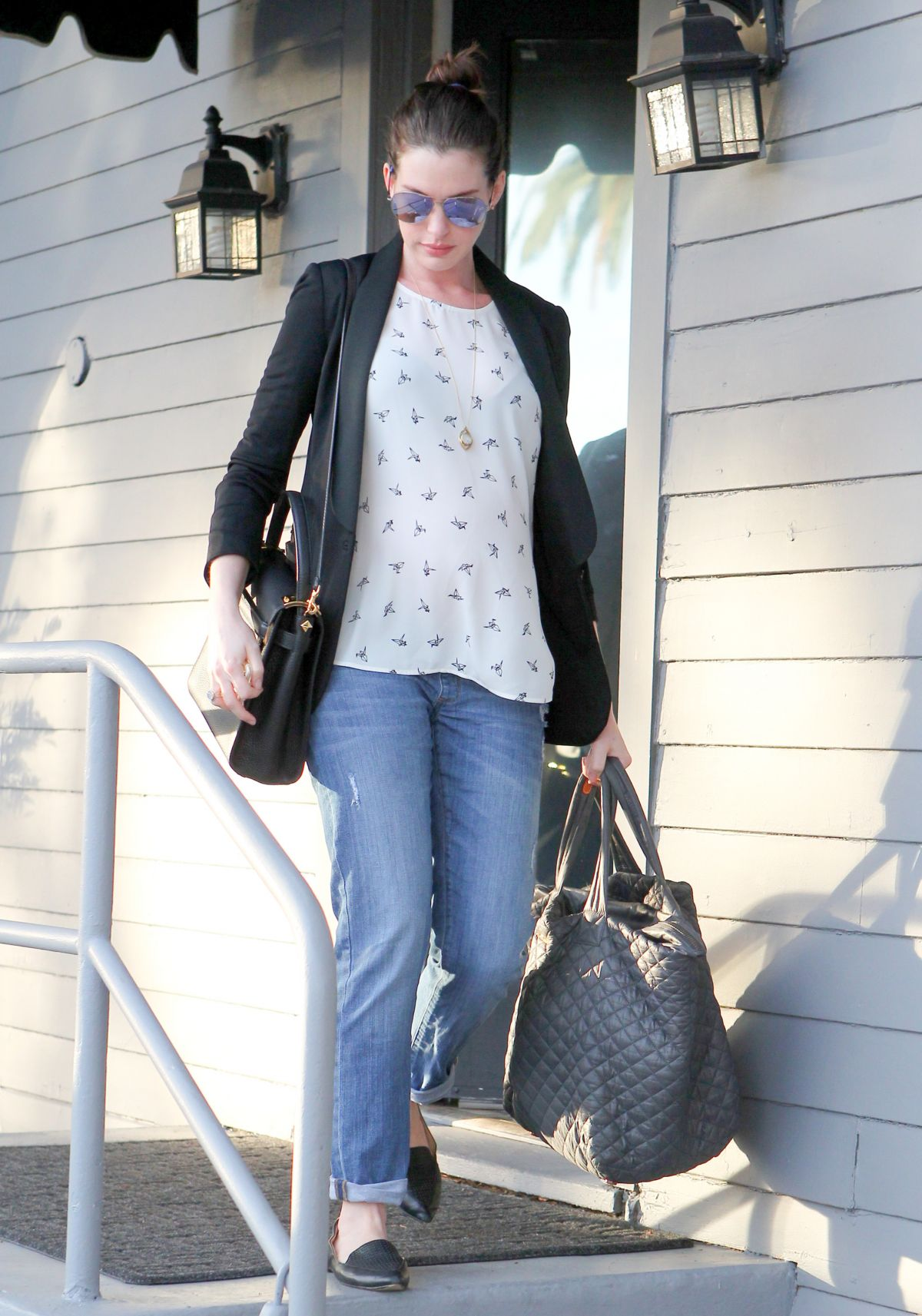 Anne Hathaway Leaving A Gym In West Hollywood