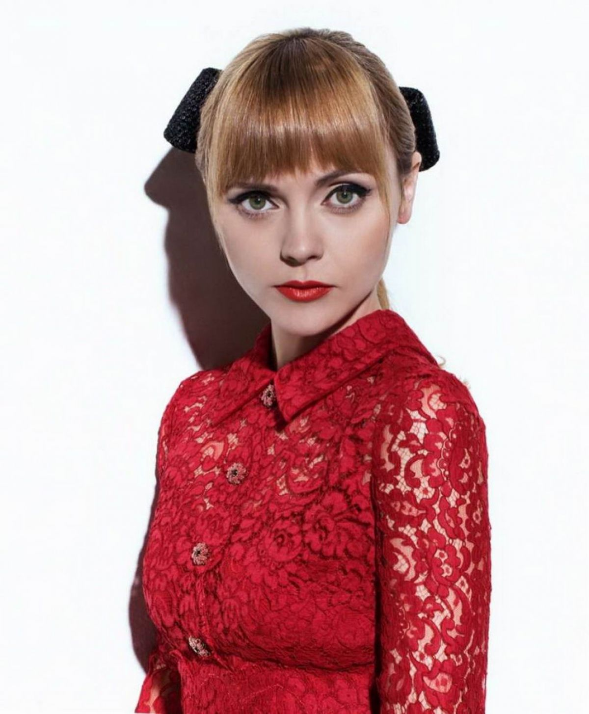 Christina Ricci In S Moda Magazine February 2016 - Celebzz - Celebzz