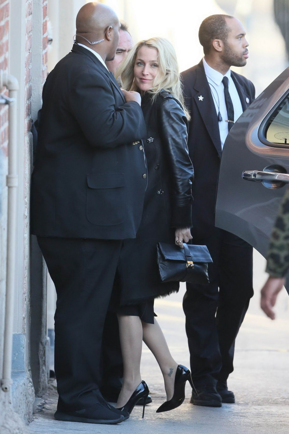 Gillian Anderson Arriving At Jimmy Kimmel Live In NYC