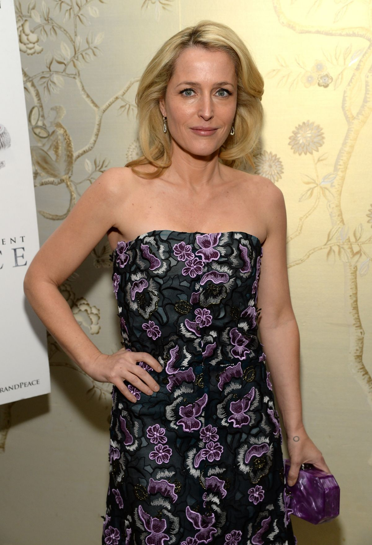 """Gillian Anderson At The Weinstein Company And A+E Networks """"War And Peace"""" Screening"""